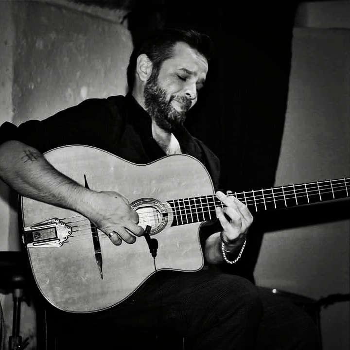 Maurizio Mazzeo - Chitarra Manouche