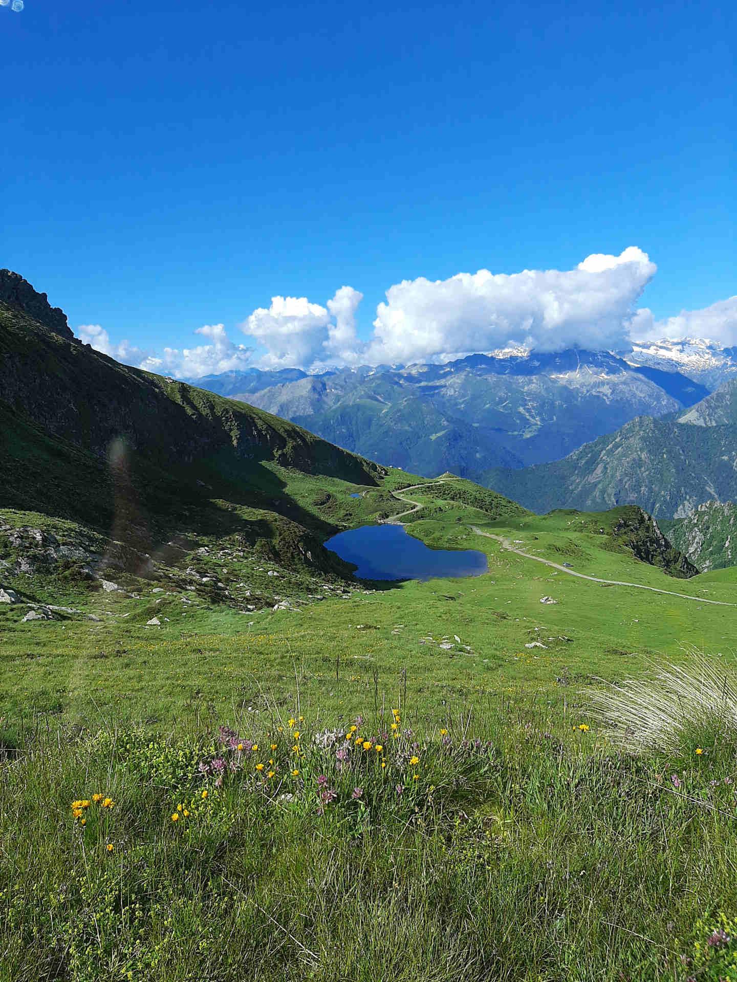 Foto-solstizio-d-estate-lago-di-monastero-valli-di-lanzo-promuovere